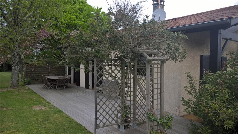 Maison MAZERES - 5 pièces  -   140 m²