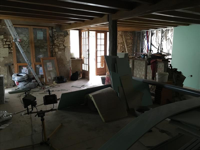 Maison FESTALEMPS - 3 pièces  -   88 m²