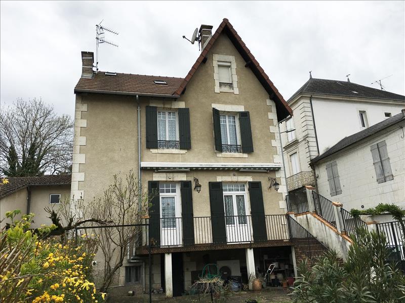 Maison RIBERAC - 7 pièces  -   132 m²