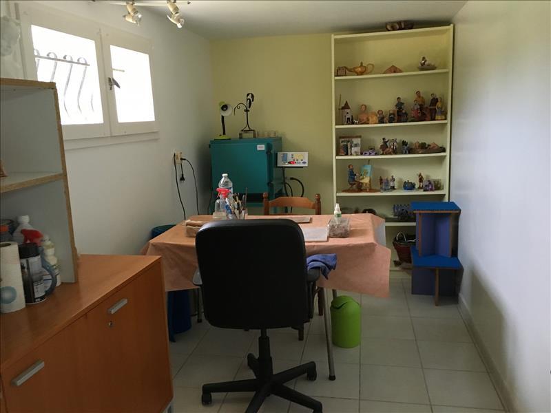 Maison VANXAINS - 6 pièces  -   83 m²