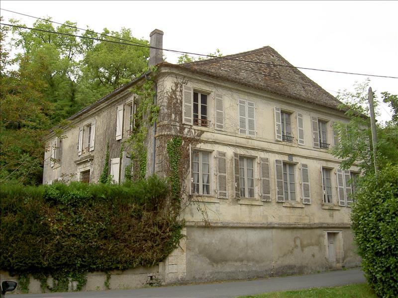 Maison COMBERANCHE ET EPELUCHE - 14 pièces  -   375 m²