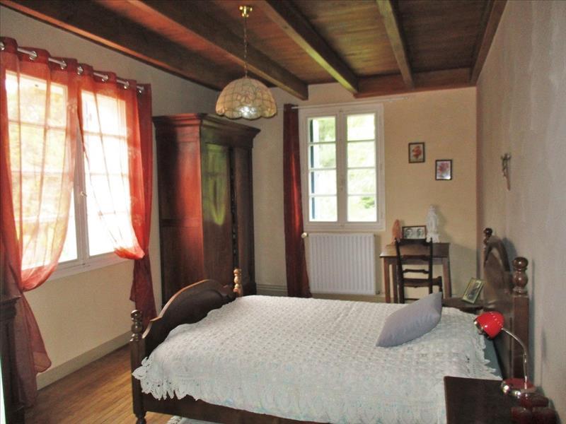 Maison ST SULPICE DE ROUMAGNAC - (24)