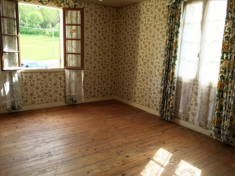 Maison COUTURES - 5 pièces  -   105 m²