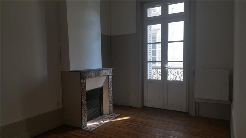 Maison RIBERAC - 8 pièces  -   188 m²