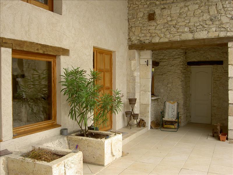 Maison VERTEILLAC - 13 pièces  -   360 m²