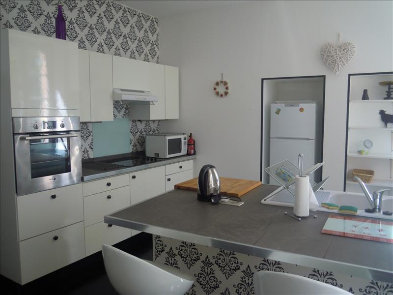 Maison RIBERAC - 5 pièces  -   130 m²
