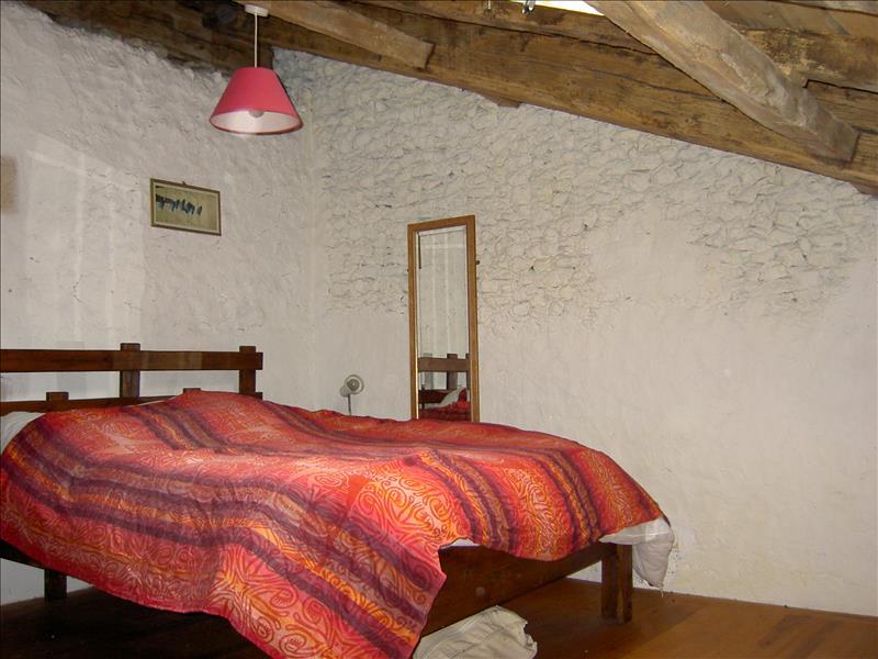 Maison VANXAINS - 9 pièces  -   198 m²