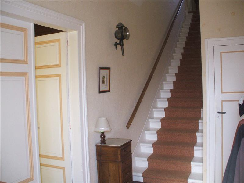 Maison BLAYE - 9 pièces  -   245 m²