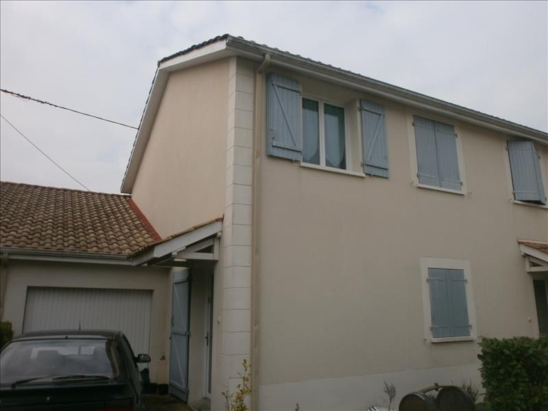 Maison BLAYE - 4 pièces  -   77 m²