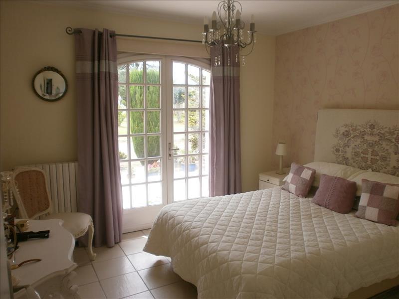 Maison SAUGON - 5 pièces  -   135 m²