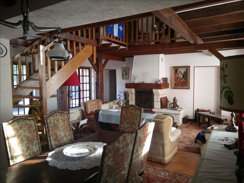 Vente Maison CARTELEGUE (33390) - 5 pièces - 176 m² -