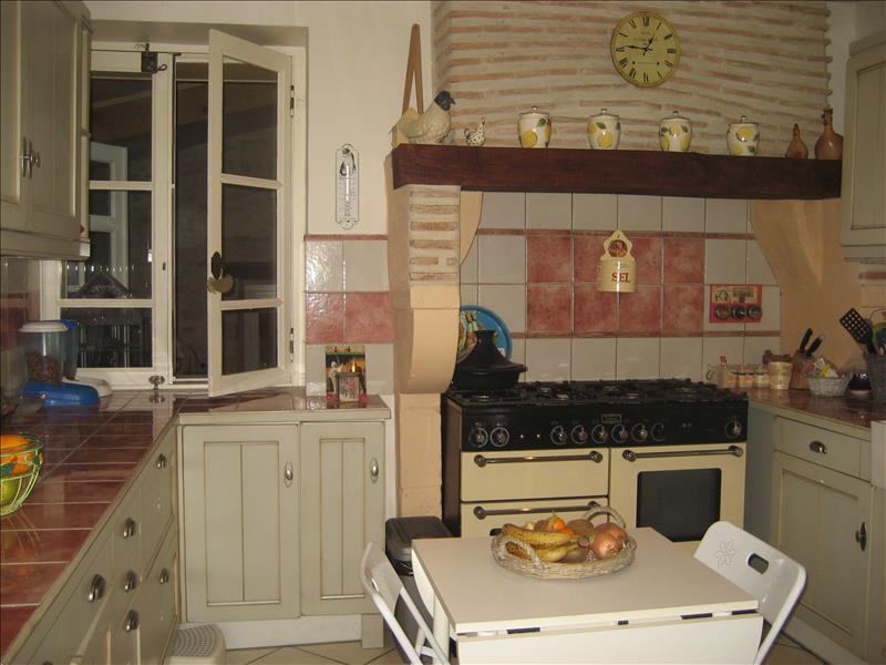 Maison HURE - 8 pièces  -   235 m²