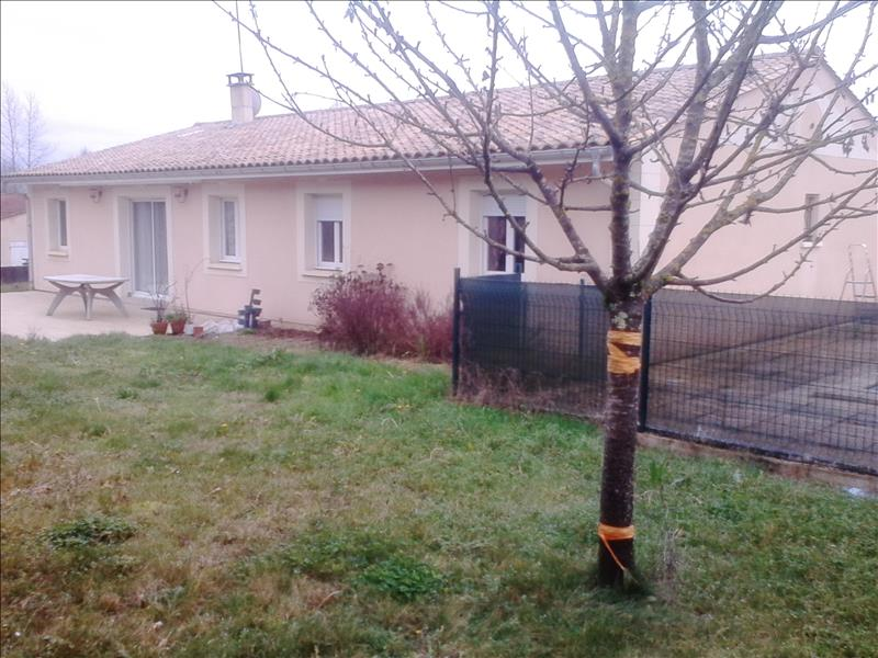 Maison RAUZAN - 7 pièces  -   143 m²