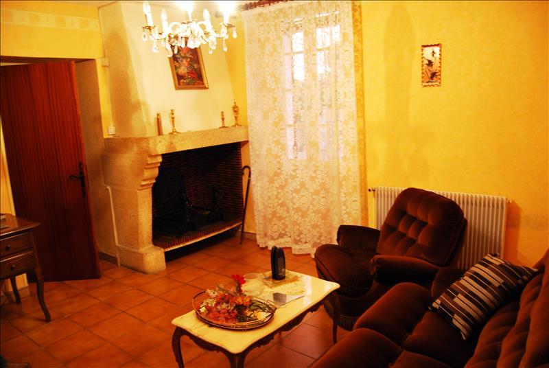 Maison SAUVETERRE DE GUYENNE - 7 pièces  -   157 m²