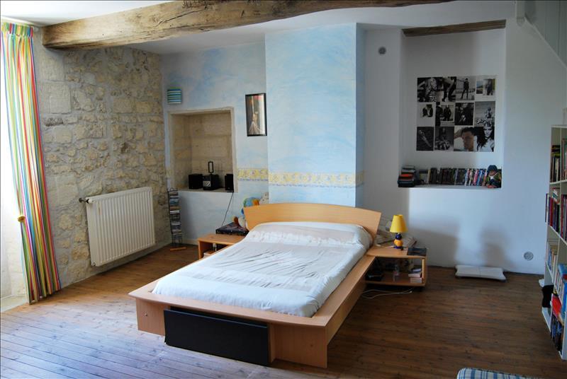 Maison DAIGNAC - (33)