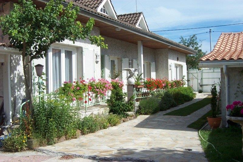 Maison ST VIVIEN DE MEDOC - (33)
