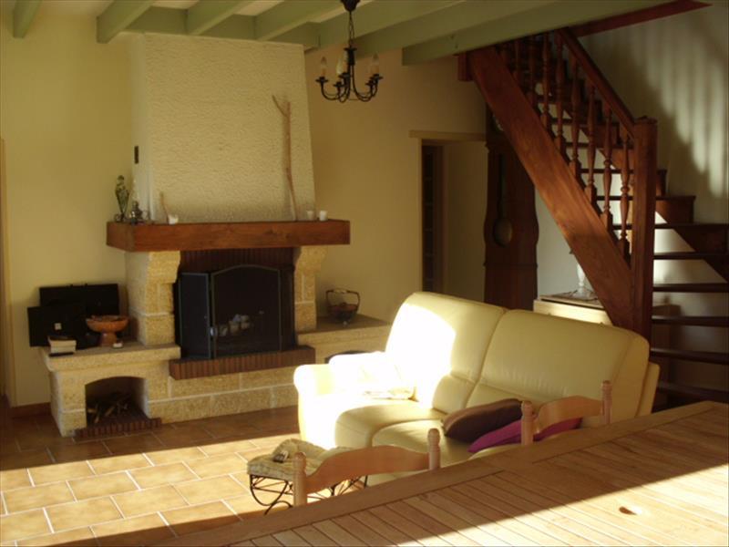 Maison QUEYRAC - 6 pièces  -   175 m²