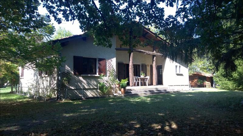 Maison GAILLAN EN MEDOC - 5 pièces  -   150 m²