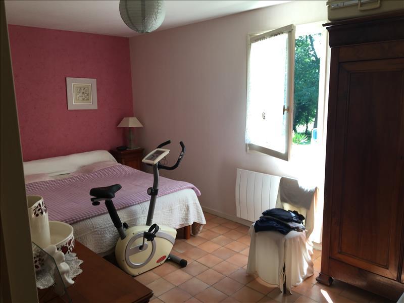 Maison EYLIAC - 5 pièces  -   108 m²