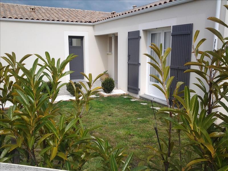 Maison SEMUSSAC - 4 pièces  -   97 m²
