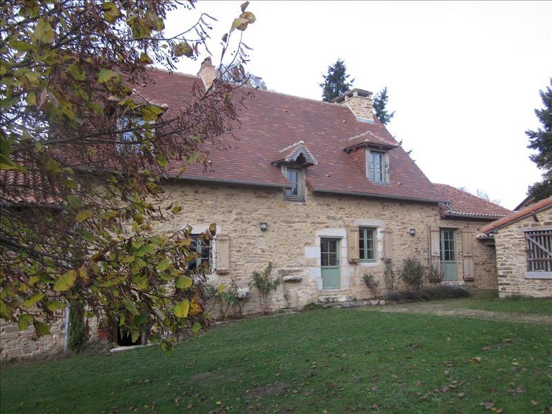 Vente Maison MIALET (24450) - 4 pièces 160 m²
