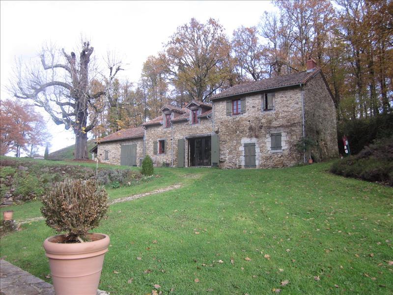 Vente Maison MIALET (24450) - 12 pièces 275 m²
