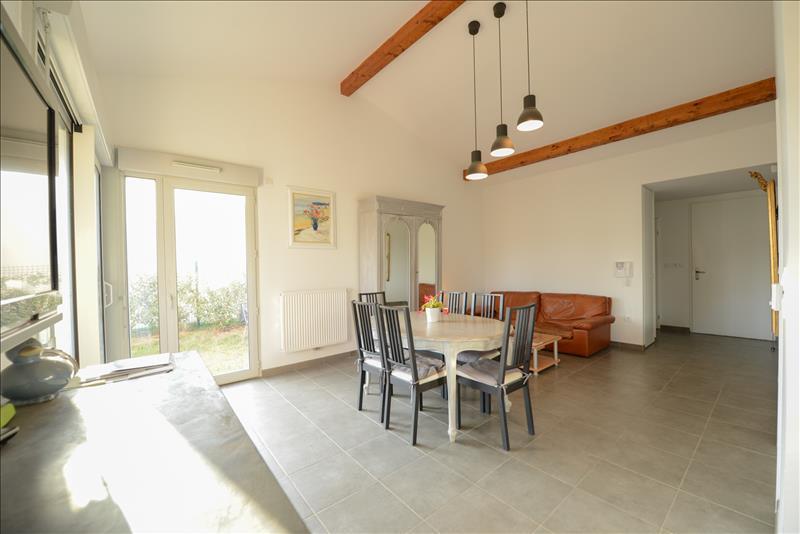 Maison CUGNAUX - 4 pièces  -   94 m²