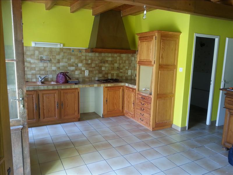 Maison CADILLAC EN FRONSADAIS - 6 pièces  -   126 m²