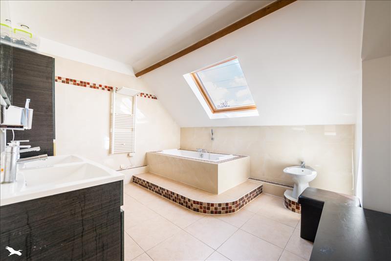Maison COURDIMANCHE - 7 pièces  -   200 m²