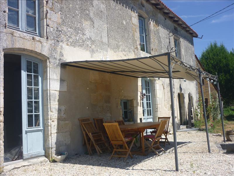 Maison VIEUX MAREUIL - 7 pièces  -   175 m²