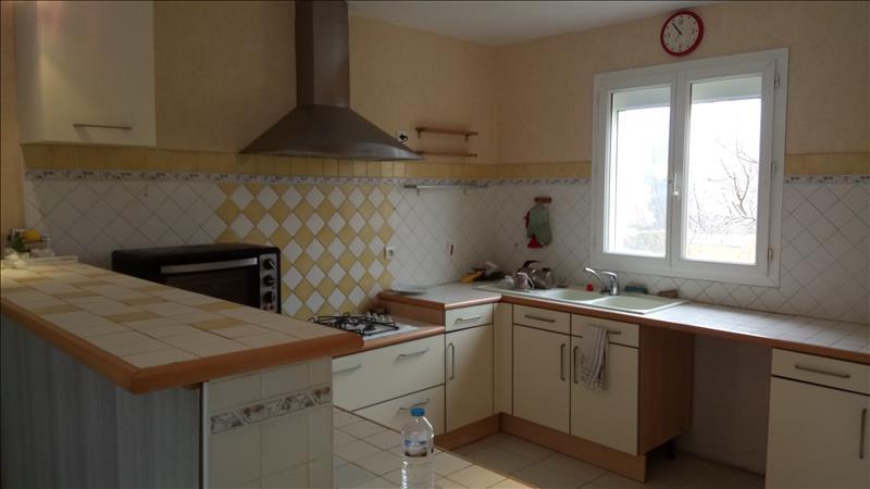 Maison  - 5 pièces    - 100 m² - PAUSSAC ET ST VIVIEN (24)