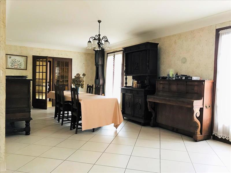 Vente Maison BOURDEILLES (24310) - 4 pièces - 121 m² -