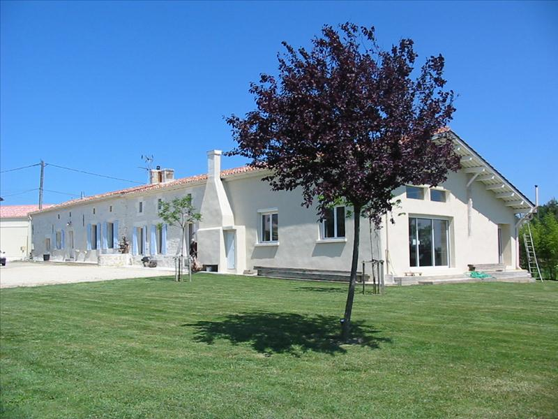 Vente Maison COURPIGNAC (17130) - 11 pièces 393 m²