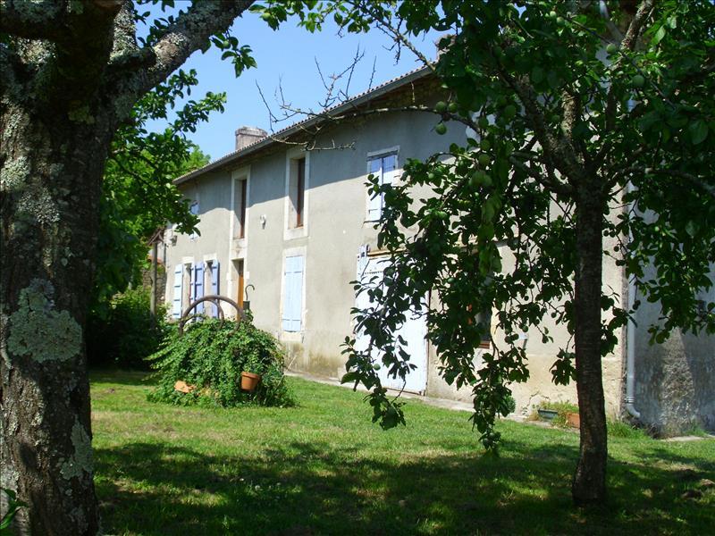 Vente Maison VIBRAC (17130) - 2 pièces 92 m²