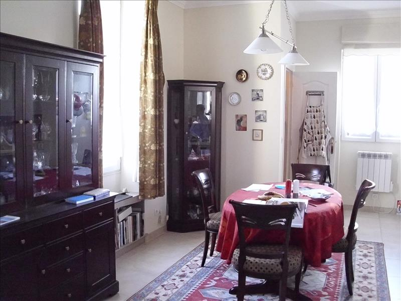 Maison MONTENDRE - 4 pièces  -   128 m²