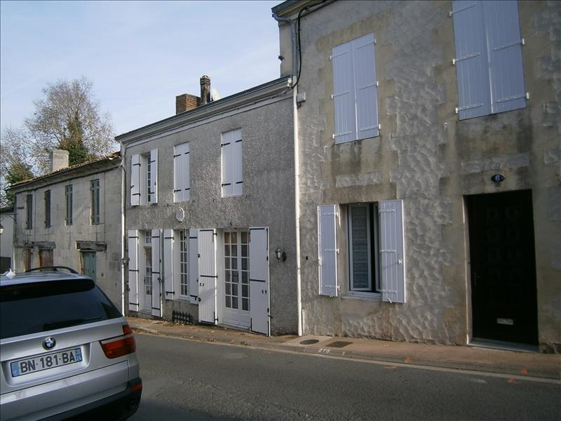 Maison MONTENDRE - 4 pièces  -   84 m²