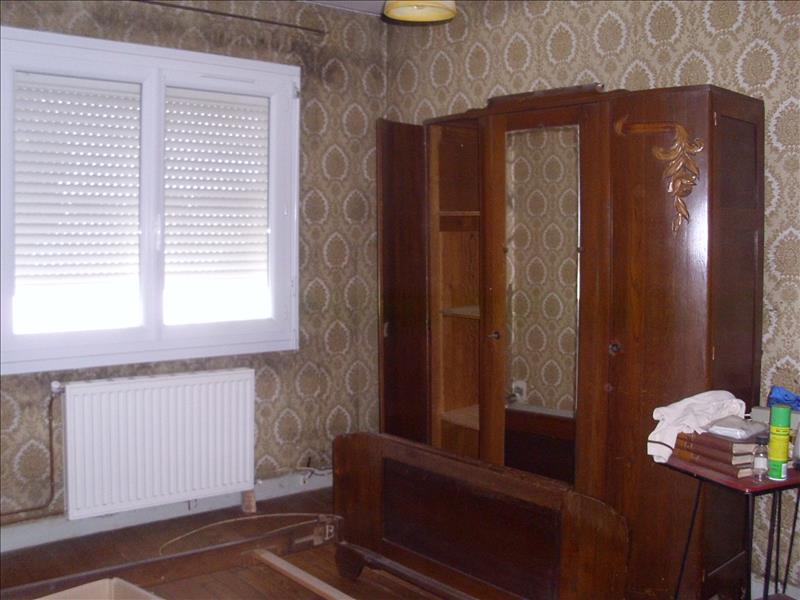Maison MONTENDRE - 4 pièces  -   70 m²