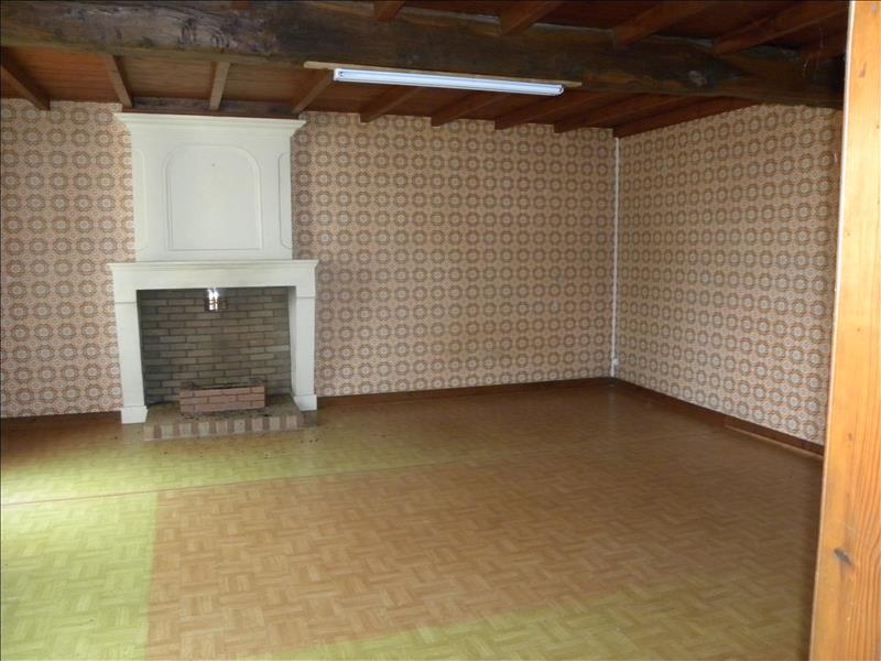 Maison  - 6 pièces    - 100 m² - CHATENET (17)