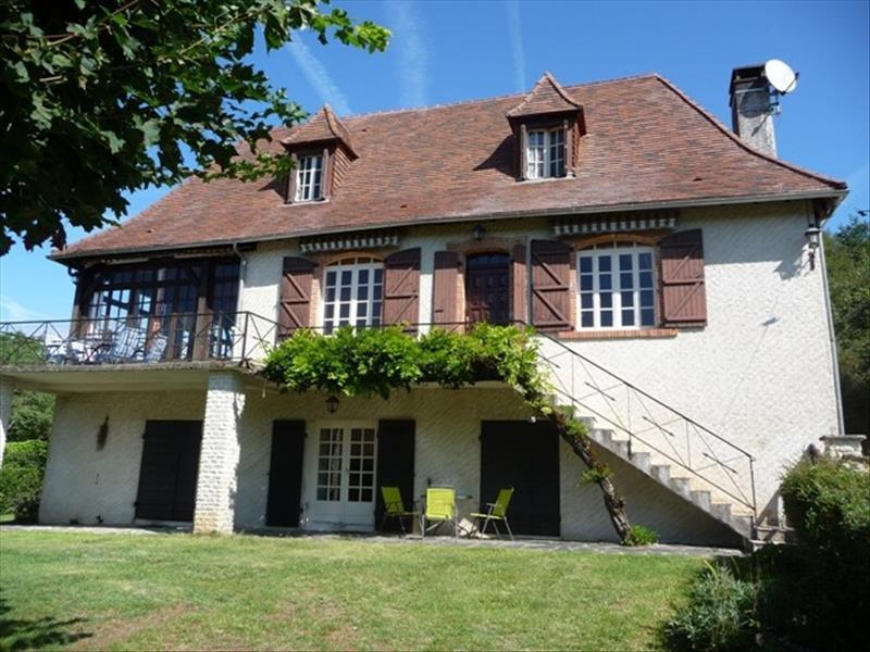 Maison THENON - 6 pièces  -   146 m²
