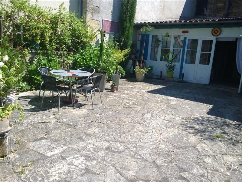 Maison BEAUREGARD DE TERRASSON - 6 pièces  -   134 m²