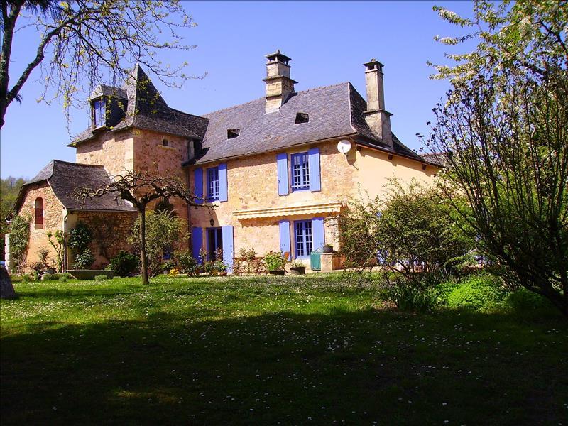 Vente Maison LE LARDIN ST LAZARE (24570) - 6 pièces 200 m²