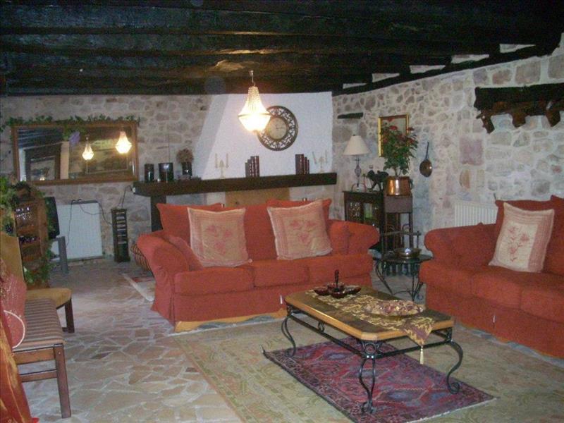 Vente Maison ST RABIER (24210) - 6 pièces - 188 m² -