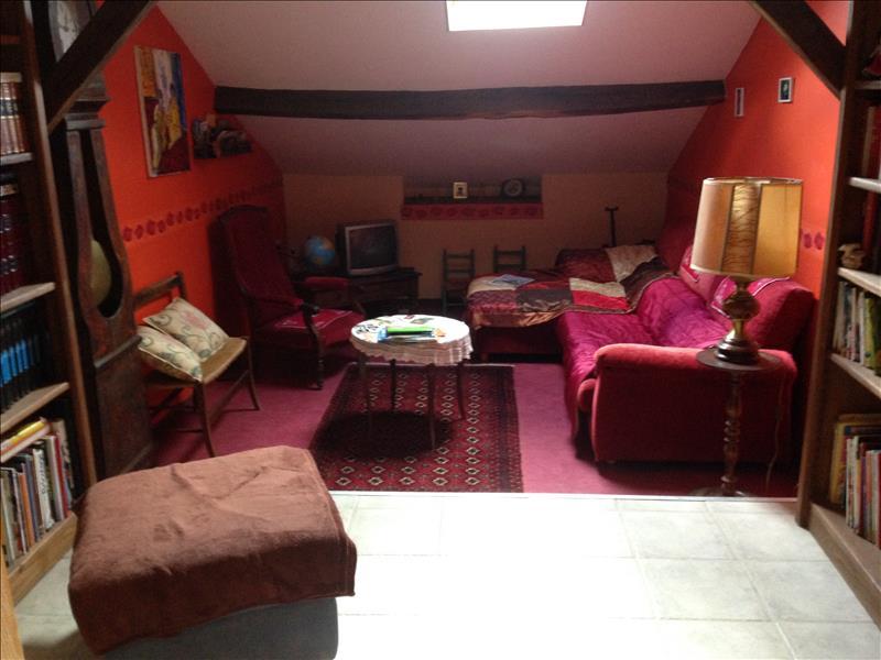 Maison PLAZAC - 9 pièces  -   154 m²