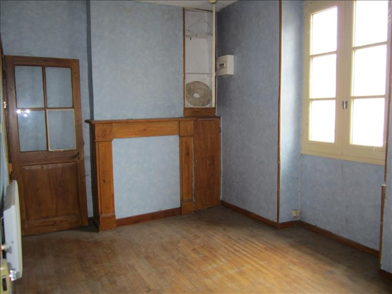 Maison MONTIGNAC - 5 pièces  -   110 m²