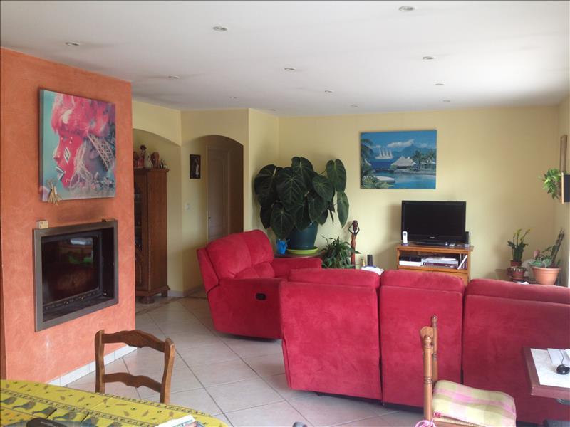 Maison AUBAS - 5 pièces  -   110 m²