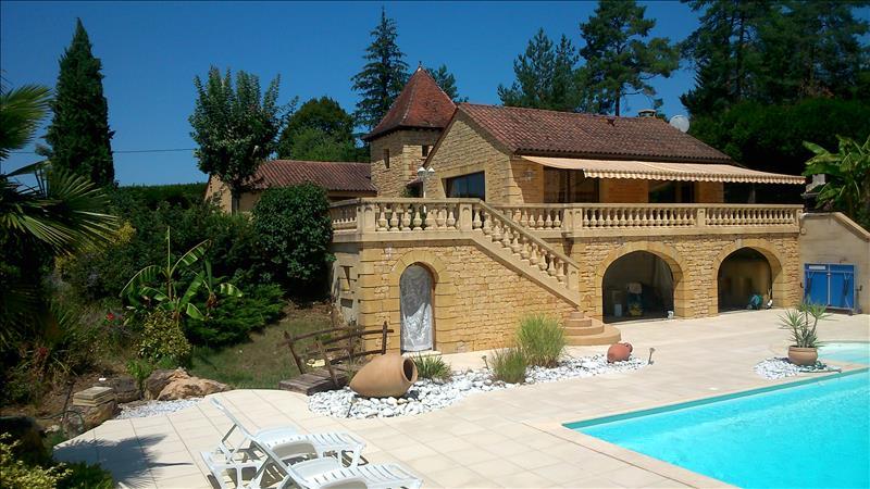 Vente Maison TURSAC (24620) - 7 pièces 182 m²