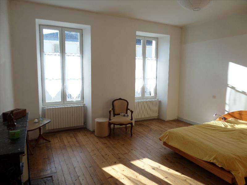 Maison JONZAC - 10 pièces  -   315 m²