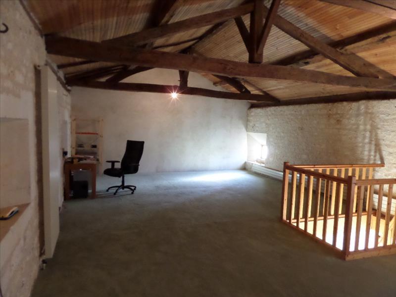 Maison JONZAC - (17)