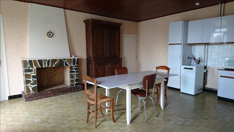 Maison PLASSAC - 4 pièces  -   130 m²