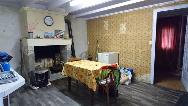 Maison ST THOMAS DE CONAC - 2 pièces  -   32 m²